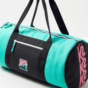 🕹Brand New - Vintage Inspired K2 UO Duffel Bag